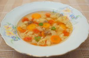 Суп мясной с цветной капустой