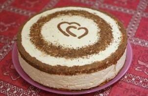 Торт со взбитыми сливками