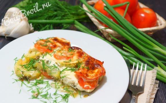Кабачки с помидорами и чесноком в духовке