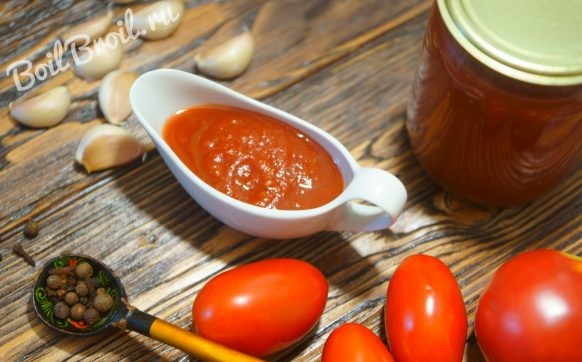 Кетчуп из помидоров на зиму с чесноком