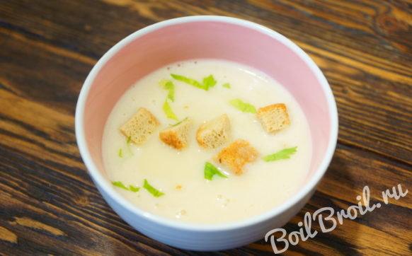 Суп пюре с картофелем и плавленным сыром