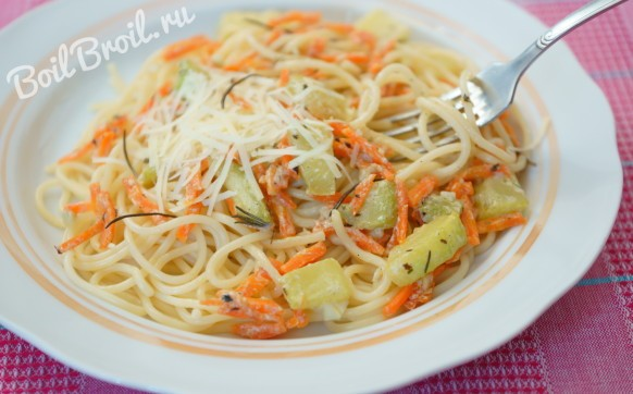 Спагетти с кабачками и сыром