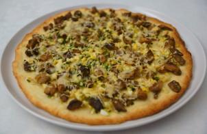 Пицца из пресного теста