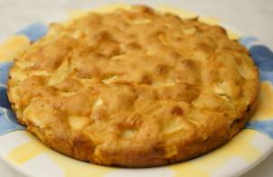 Яблочный пирог с сухарями