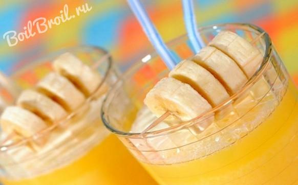 Смузи из апельсинов и бананов