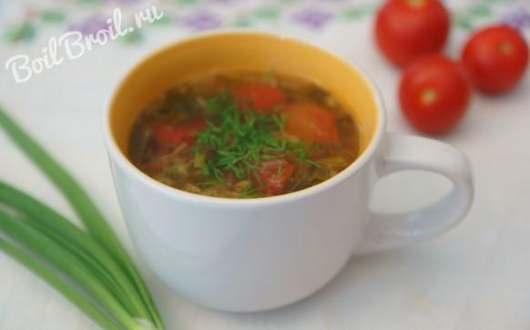 Суп с овощами и зеленью
