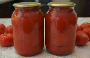 Очищенные помидоры в собственном соку