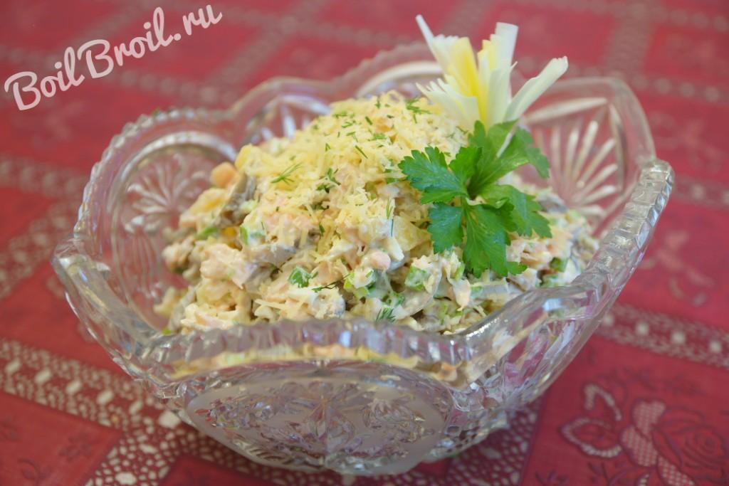 Салаты с вареной семгой рецепты с