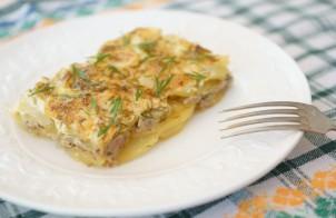 Запеканка с фаршем, кабачками и картофелем
