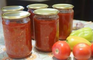 Лечо из перца и помидоров с чесноком