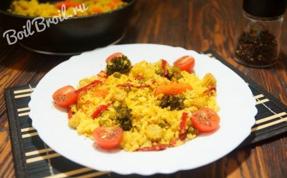 Рис с замороженными овощами